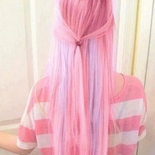 #amazing #hair #pastel #girl #model #want #hairchalk #hairdye