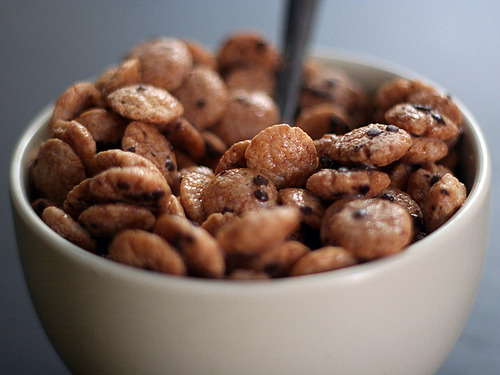 sailorsandshipwrecks:  I got the sudden craving for cookie crisp????