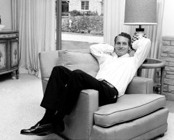 iheartpaulnewman:  At home.