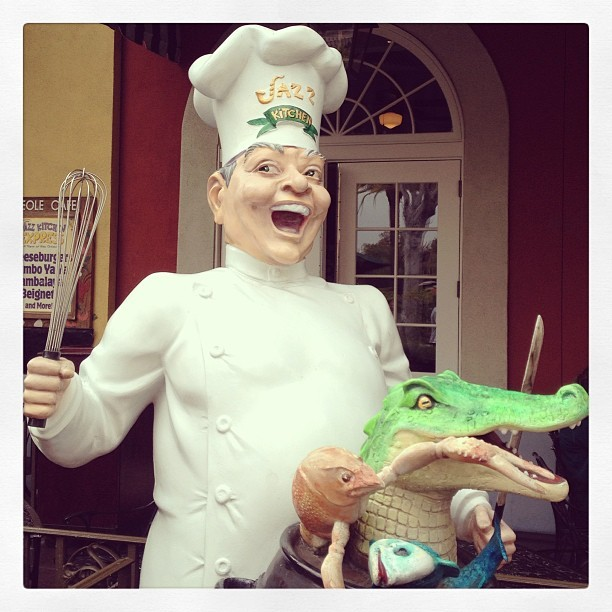 This guy freaks me out. Every time. #creepy #gumbo #chef #disneyland (at Jazz Kitchen Express)