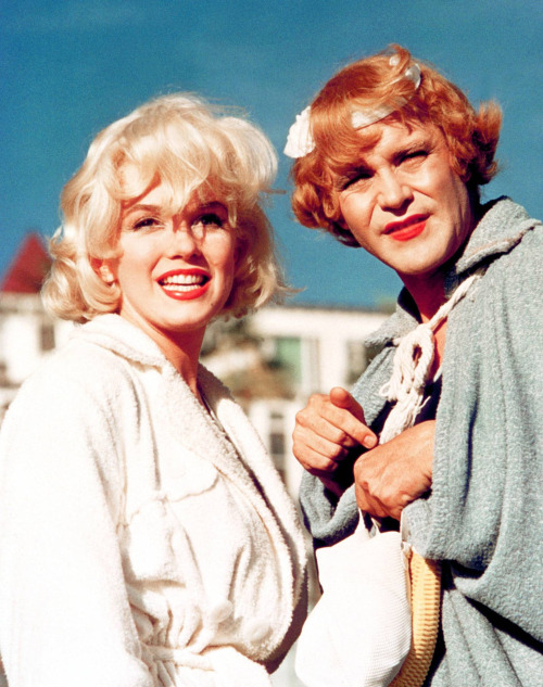 ourmarilynmonroe:  Marilyn Monroe and Jack Lemmon on the set of Some Like It Hot, released 1959