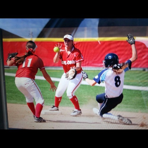 Just finished photographing Orange Lutheran softball CIF round 1 which they one. Nothing like going back to my old high school. #kevinwarn #warnphotography #journalism #journalist #photojournalism #orange #orangelutheran #softball #cif