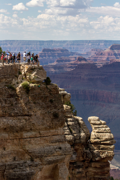 torace:  120828 People at Grand Canyon