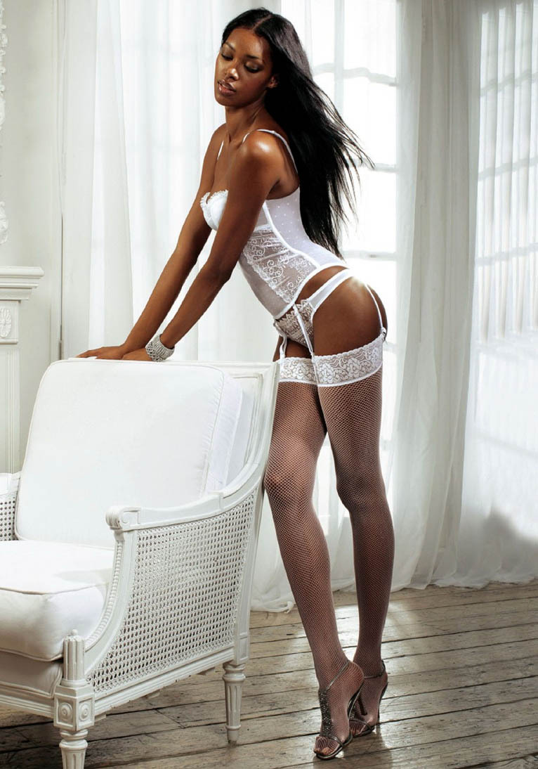 jaiking:  i-really-love-women:  Jessica White  Follow me at http://jaiking.tumblr.com/ You'll be glad you did.