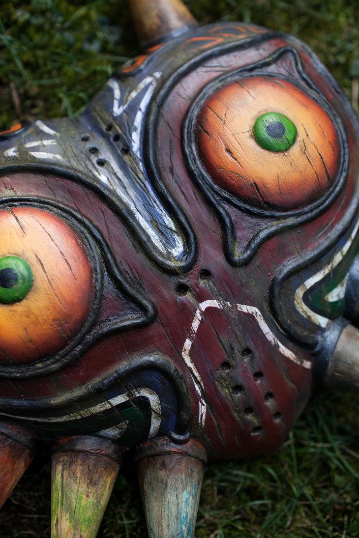 "hiddentavern:  ""Majora's Mask - Wooden Replica"" bysupermaRiio   That's cool"