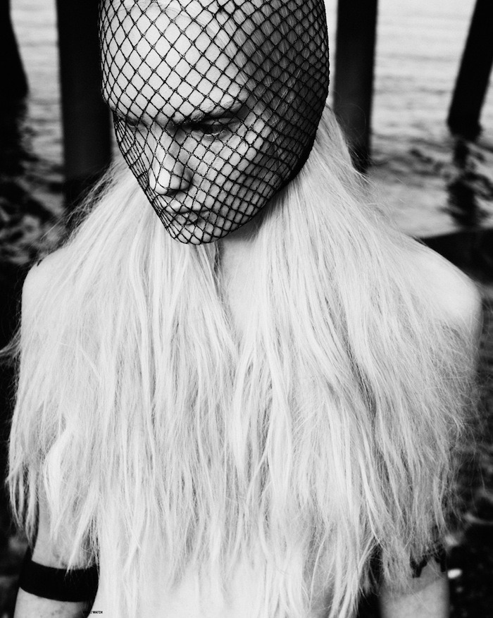 rollthedrumss:  'The Other Side of Thames' Photography & Styling by Troels JepsenHair by Craig Taylor @ One Make UpMakeup by Isamaya FfrenchModel(s) Henrietta Hellberg @ Next Models ROLL IT! | FB