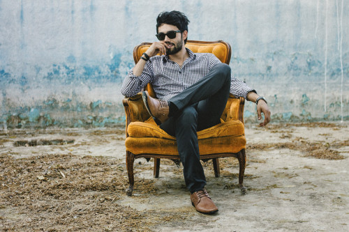 lookbookdotnu:  Sillón Amarillo  (by Jose Alfredo L.)