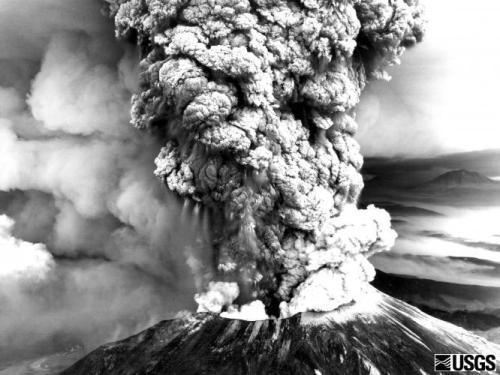 fyeahvolcanoes:  Today marks the 33rd anniversary of the eruption of Mount St. Helens  I remember this day like it was just yesterday! It seemed like the world was coming to an end. Crazy.