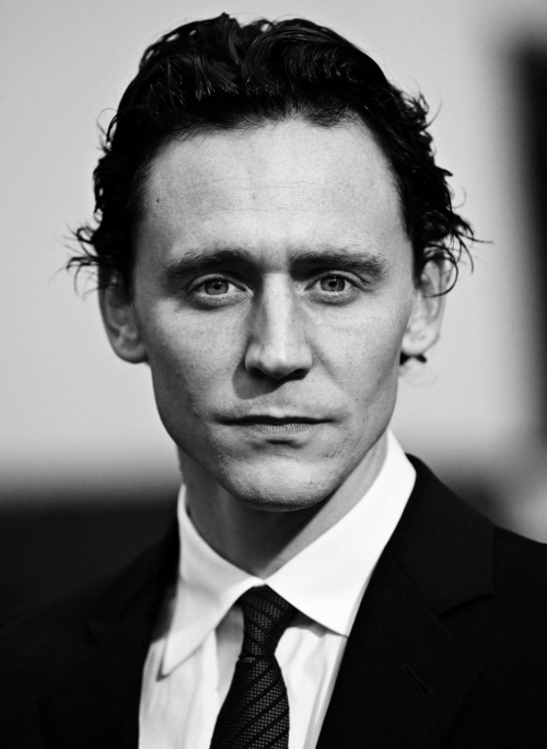loki-is-in-the-tardis:  4/50 photos/gifs of Tom Hiddleston