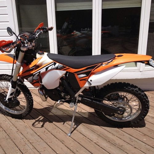 Sure is fun buzzing around the city on a two stroke KTM 300 XCW. #instamotogallery #bikes #ride #motorcycle #dual_sport
