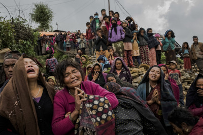 #reportage_news, #daniel_berehulak, #nepal, #nepal_earthquake, #new_york_times, #lens_blog