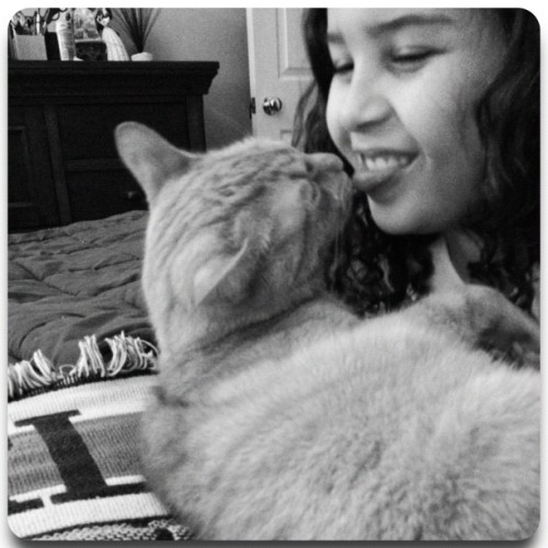 #FrameMagic #daughter #cat #love #bond #bed #pet #family #kisses