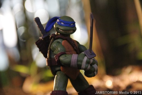 """The Samurai Turtle!"" Date: May 20, 2013 Theme: Pop Culture Cartoons! Where: Boni High Street Ampitheater in BGC, Taguig City, Philippines Models: Leonardo (Nickelodeon's TMNT) Playmates Toys Production Date: May 20, 2013 Camera: Canon EOS 60D / Kit: EF-S 18-135mm IS"