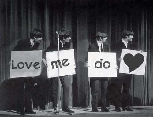feelslikeimknockingonheavensdoor:  Love me do