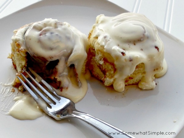 in-my-mouth:  Cinnamon Rolls