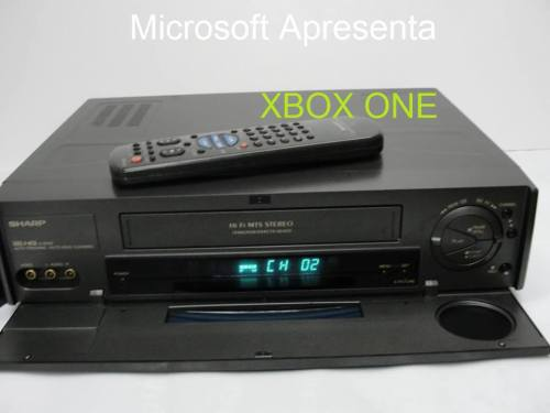Microsoft presents Xbox One.