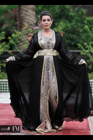 caftans-et-takchita:  Black Kaftan, wonderful sfifa