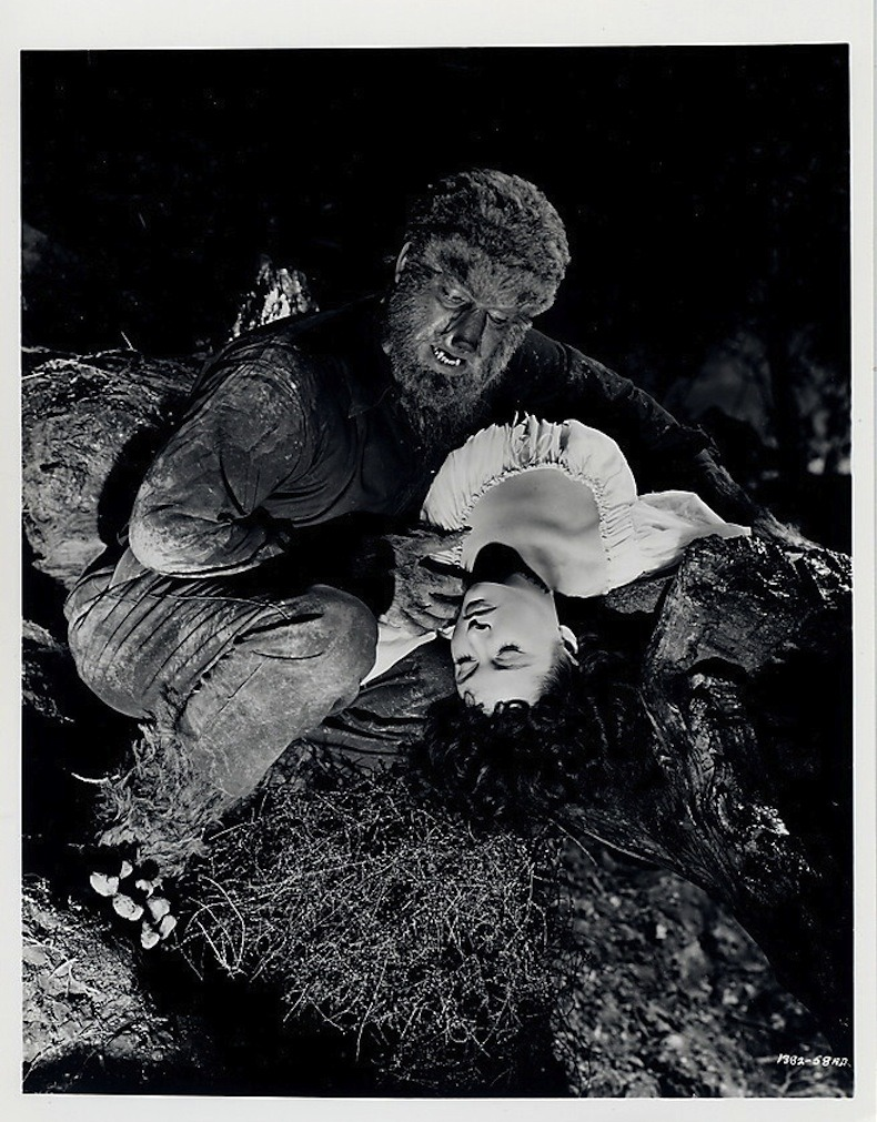 greggorysshocktheater:  Lon Chaney Jr. and Elena Verdugo in House Of Frankenstein (1944)