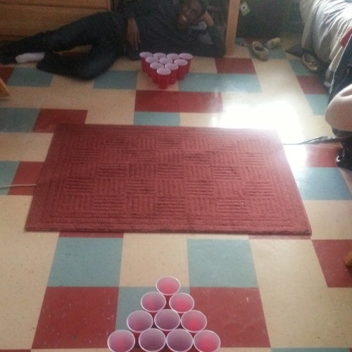Pong on the floor ;) @chasenesslol