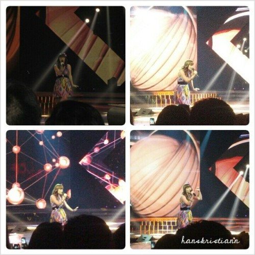 Lenka when performs at X-Factor Indonesia last night.. 😍😍