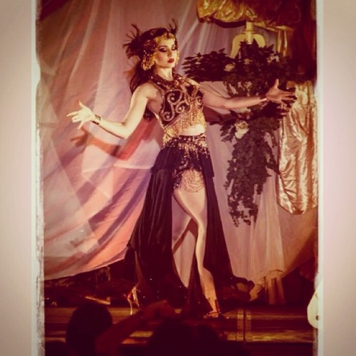 dollylamour:  #dollylamour photo courtesy of Barouf Minzzoto #burlesque burlesquekaravan #nancy #exotica #orientalist