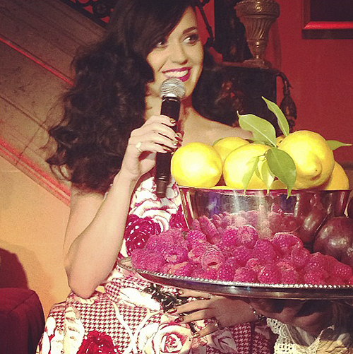 Katy Perry is talking about her new fragrance! #katyperry #katyperryparty #newyork
