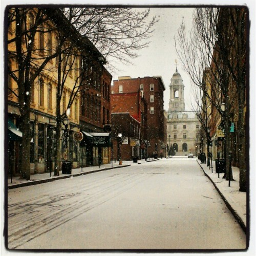coreysomething:  Merry Christmas #portlandmaine #snow