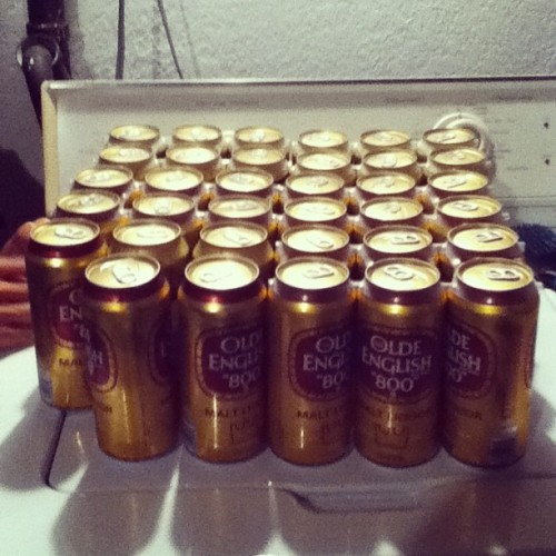Last night, decided to get 35 16oz cans of #OldEnglish instead of a 36 pack of budlight for #beerpong. Niggas was throwing up, diving head first into walls and punching holes into walls, niggas was turnt! #OE is not recommended for beerpong. You aint ready! #beer #maltliquor #pounderfam