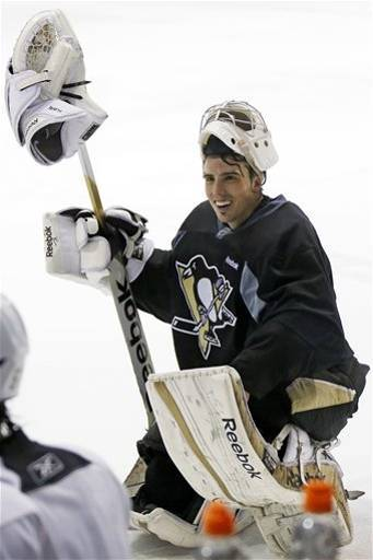 misswonderwall:  MAF is back to reign over his ice.