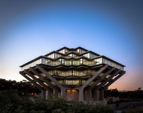 cjwho:  A Built History of Modernism - Geisel Library by Darren Bradley