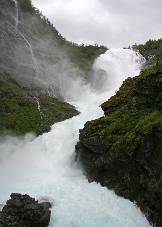 ecocides:  Kjosfossen - Norway | image by auws