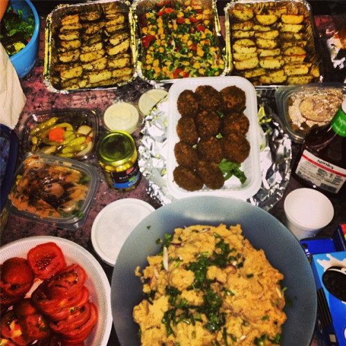 Some of the yummy food we gobbled up last evening during the Vegan BBQ.Cruelty-Free Dubai, Animal Protection