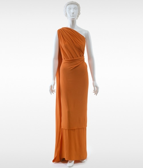 fashioninhistory:  Evening dress  Madeleine Vionnet  1936 Madeleine Vionnet was a consummate technician, particularly known for her innovative use of the bias cut and the mathematically precise construction of her garments. Minimalist by philosophy, Vionnet's construction details were often executed so as to create decorative effects, obviating the need for any trimming.- The Metropolitan Museum of Art