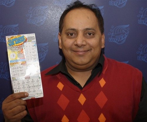Lottery winner fatally poisoned day after collecting winnings, death ruled homicide (Photo: AP file) A lottery winner was fatally poisoned with cyanide a day after he collected nearly $425,000 in lottery winnings, a Chicago medical examiner said Monday. Read the complete story.