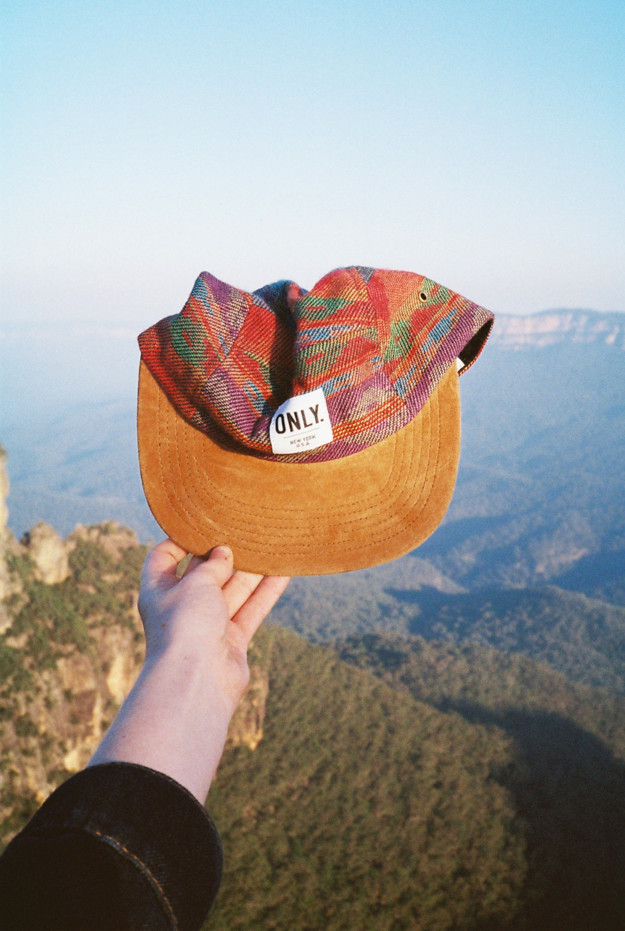 dakotagordon:  A hat and some mountains
