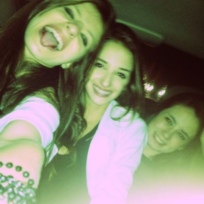 🚖🍸@juliasantanab @caroldinis   #night #party #zizaodorole #zizao #crazy #cool  (em taxi do zizao)