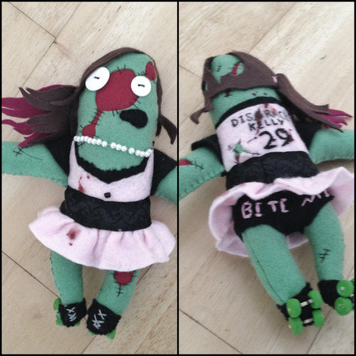 Personalised roller derby zombie of Disgrace Kelly http://www.etsy.com/shop/ellaclawley