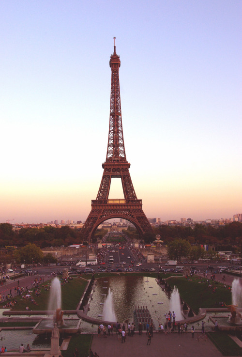 iloveyourhumor:  Eiffel for you