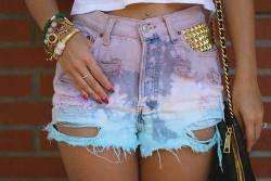 velvetnudity:  Ombre shorts!