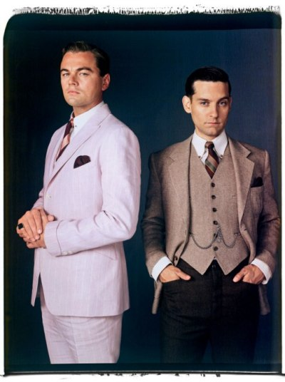 vanityfair:  Gatsby!  Leonardo DiCaprio and Tobey Maguire looking ever so dapper in suits by Brooks Brothers for The Great Gatsby.  Photograph by Mary Ellen Mark