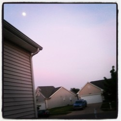 Oh, #Suburbia…the #Portage sky looks pretty rad tonight! #PhotoOfTheDay #PureMichigan #EspeciallyInMichigan