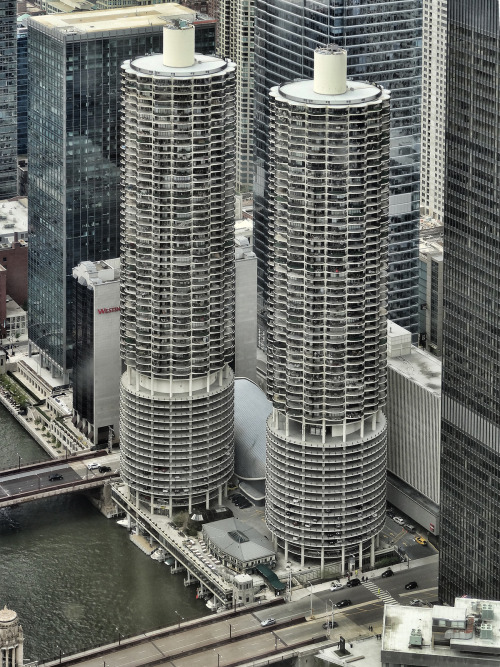Marina City by Atelier Teee on Flickr.