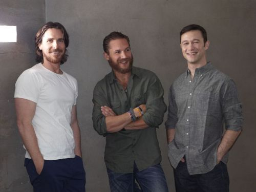 bohemea:  Christian Bale, Tom Hardy & Joseph Gordon-Levitt TRIPLE KISS HIM!
