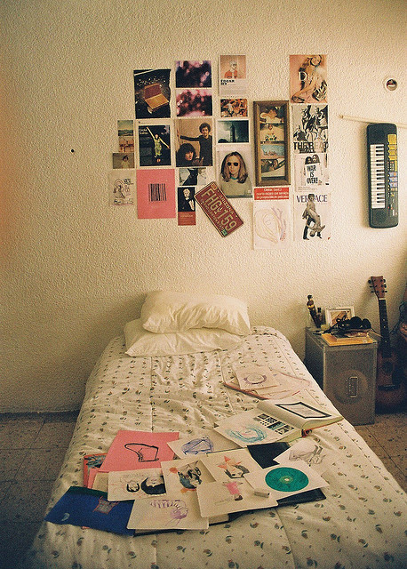 hermicent:  untitled by gabriela alexis on Flickr.