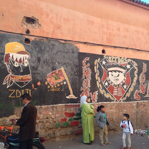 denverstreetart:The walls inside the maze that is the Medina #streetart #Marrakech #Morocco #Africa http://bit.ly/11cCZNa