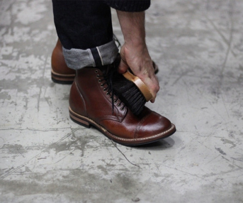 BOOTS free-man:  This Afternoon: Viberg Sample Sale Begins