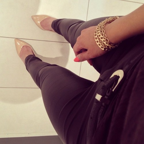 chanel-and-louboutins:   belizean-fashionista   Chanel-and-Louboutins.tumblr.com