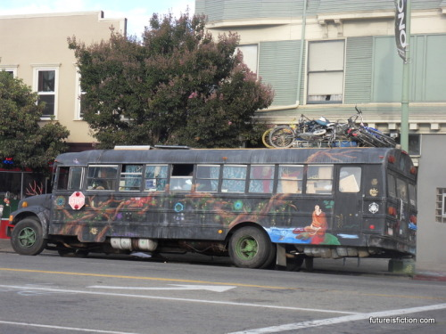 After a while you sorta' get used to seeing hippy buses in Berkeley that are covered in murals and bikes. But this was in Oakland so…OK, actually still used to it. I live in a pretty special place.
