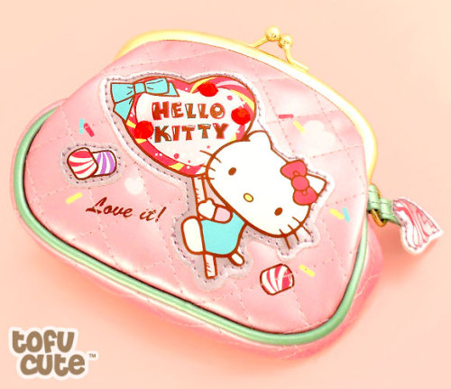 kawaiiwish:  Hello Kitty Loves Dessert Clasp Purse - £11.99