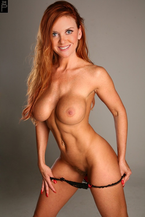 Hawt redhead milf vanessa